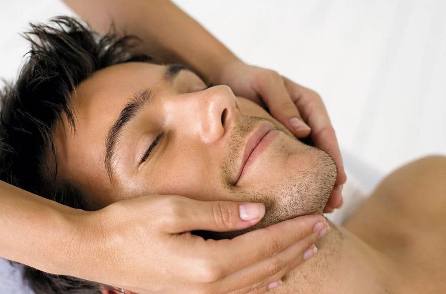 Массаж щек для роста волос