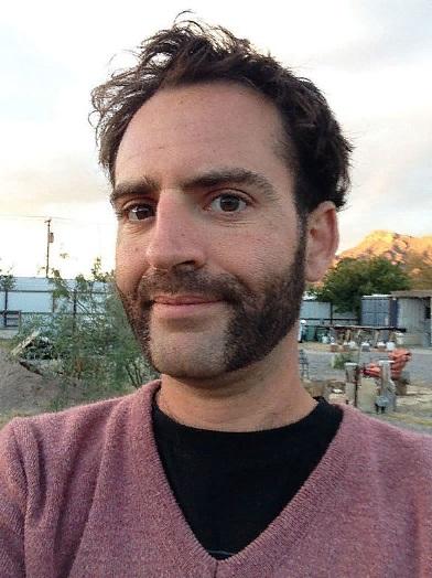 Широкие баки борода